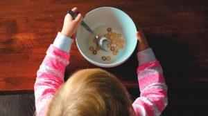 Los metales tóxicos: Un peligro para la salud de los bebés